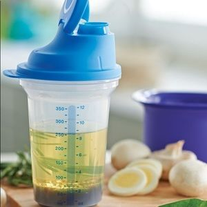 Tupperware All-in-one Shaker Blue